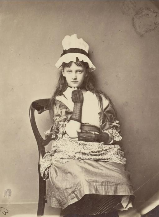 Льюис Кэрролл «Экси Китчин в платье Пенелопы Бутби», 1875 год