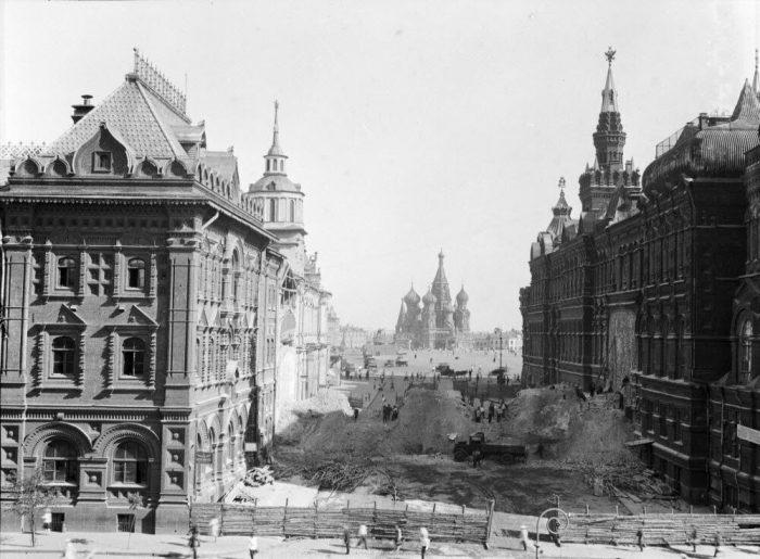 Разрушение Воскресных ворот в 1931 году