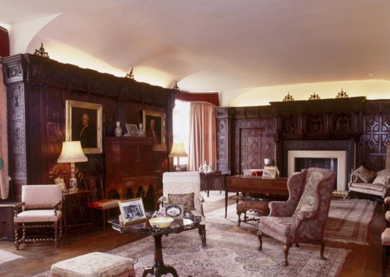 Возможно, в этой комнате и писал свою картину Роберт Брайтуэйт Мартино