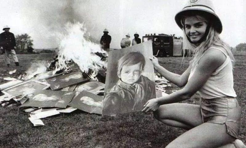 Сожжение репродукций картин Джованни Браголина